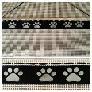 Paw prints rosette holders, rosette holder, dog rosette hanger, dog show rosette display , dog show gifts